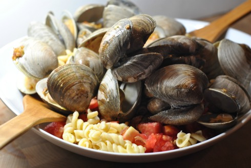 Summer Pasta with Grilled clams