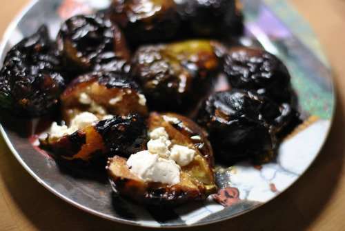 hot figs smothered in goat cheese