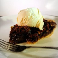 Chocolate Pecan Pie and Bidding Long Distance Thanksgiving Blues Goodbye