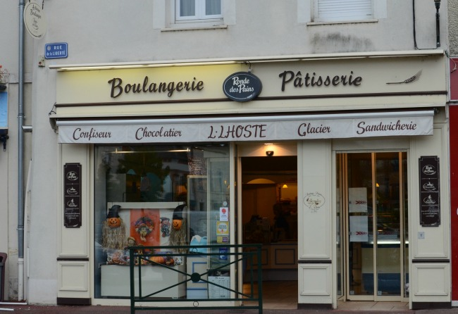 Our favorite boulangerie in Briare. If you're ever in the area… don't skip it!