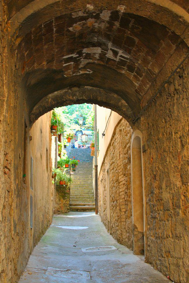 Volterra Arch